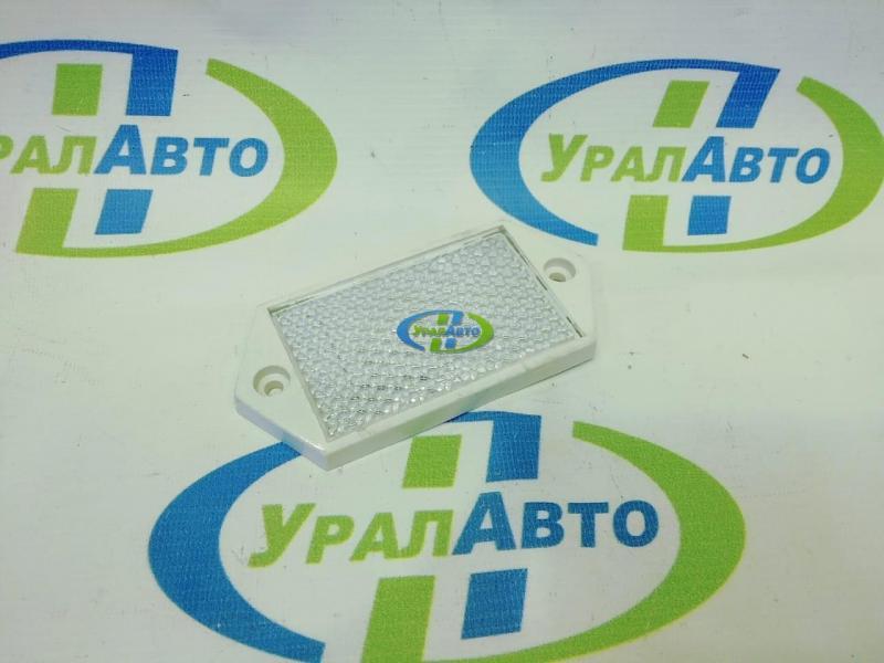 Световозвращатель белый UP-40 квадр винт
